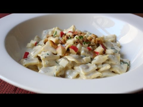Recipe: Gorganzola Cream Sauce & Pasta!