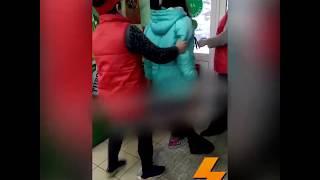 Rycerz Seba ratuję księżniczkę Karynę przyłapaną na kradzieży w sklepie
