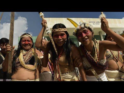 Ecuador: Indigene feiern ihren Sieg gegen Ölriesen