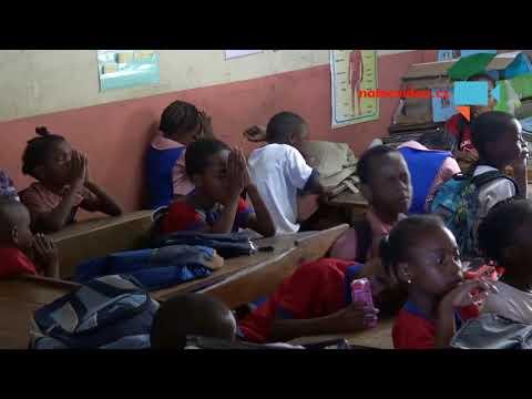 Začátek školního roku na Jamajce.