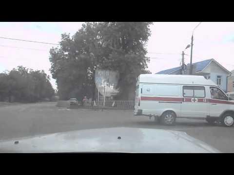 Dash cam captures ambulance, taxi cab crash