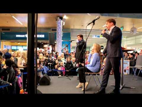 Janne Kataja ja Aku Hirviniemi Show tekijä: Ilesbox