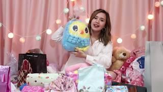 Video Beby Vlog #42 - Unboxing Kado 16Th Birthday !! MP3, 3GP, MP4, WEBM, AVI, FLV April 2019