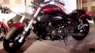 8. 2013 Hyosung GV650 Aquila First Look Video
