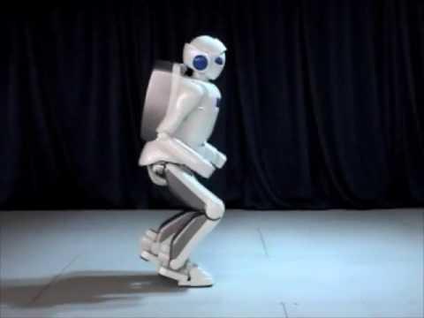 El robot humanoide de Toyota corriendo a 7 Km/h