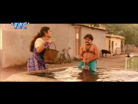 Video भौजी तनी सटs ना Bhauji Tani Sata Na - Batasha Chacha Film - Bhojpuri Hot Comedy Scence  HD download in MP3, 3GP, MP4, WEBM, AVI, FLV January 2017