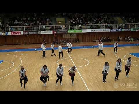 12.A osztály szalagavató tánca