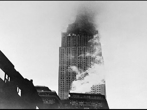 empire state building - 911 was not the first time a plane hit a skyscraper in New York. A bomber plane crashed into the side of the empire state building on July 28, 1945 in New Yo...