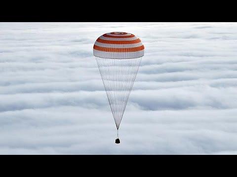 Εγκατέλειψαν τον Διεθνή Διαστημικό Σταθμό σχεδόν μετά από 12 μήνες