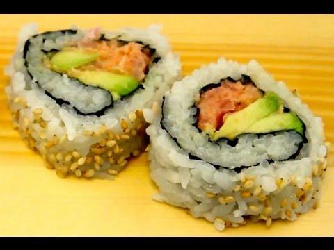 Japanese Sushi Recipe: How To Make Spicy Tuna Rolls