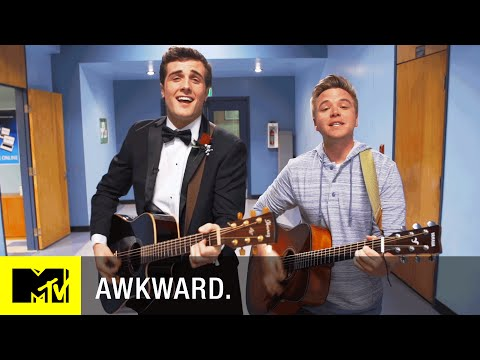 Awkward Season 5 (Promo 'Senior Year Song')