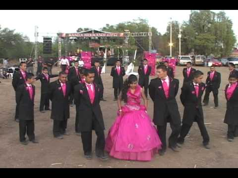 bailes de xv aos - Video Tomado En Los 15 Aos de Maria del Carmen, La loza de los padres Producciones ARJU Tel 01(477)215 23 49 Facebook http://www.facebook.com/arturo.lopez.7...