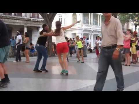 Salsa on the street in La Habana, Cuba