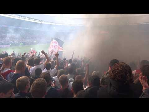 36 verdachte vuurwerkgooiers bekerfinale Ajax Pec Zwolle in november voor de rechter