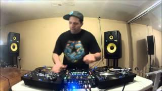 DJ Vekked - Ain't No Half Steppin Beat Juggle
