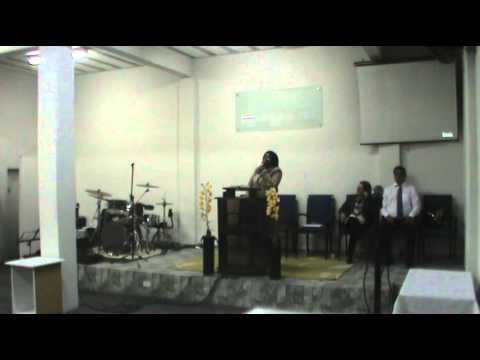 Comunidade União Cristã - Pregação - Campanha Pais de Joelhos filhos em pé Miss. Elisangela