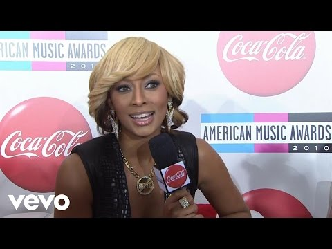 Keri Hilson - 2010 Red Carpet Interview (American Music Awards)