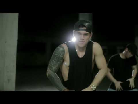 Video BRUNO MARS VERSACE ON THE FLOOR - DANCE COVER BY ZEUS COLLINS download in MP3, 3GP, MP4, WEBM, AVI, FLV February 2017