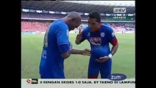 Download Video 55_Cuplikan Gol Persija vs Arema indonesia MP3 3GP MP4