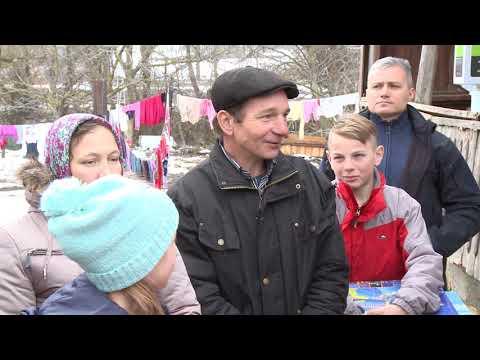 Igor Dodon împreună cu soția și feciorii săi a vizitat familia Zaharia din localitatea Rîșcova, raionul Criuleni