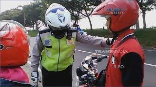 Video Polisi Jengkel Marah pada Pengendara Motor - Operasi Patuh 2017 MP3, 3GP, MP4, WEBM, AVI, FLV Februari 2018