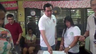 Bautista leads Comelec's mock setup of voting center