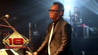 Video Kerispatih - Tak Lekang Oleh Waktu  (Live Konser Surabaya 5 Desember 2014) MP3, 3GP, MP4, WEBM, AVI, FLV Agustus 2018