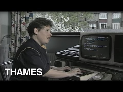 How to send an E mail in 1984 Using the Prestel