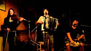 Video Marta a Rasputin, 03, Hospoda u Truta, Trutnov, 25. 5. 2012