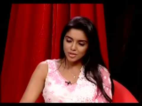 Asin does not want to be compared to Sridevi