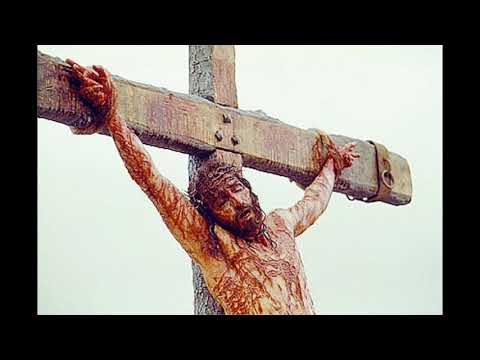 Um Deus que sofreu por nós