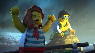 Este o zi călduroasă de vară pe plaja din LEGO® City! Dar la orizont se vede o furtună. De nicăieri un semnal SOS vine la Cartierul General al Pazei de Coastă. Este timpul cadeților să înfrunte valurile!