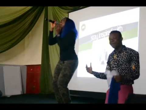 Evelle Live Performance At ABUZaria