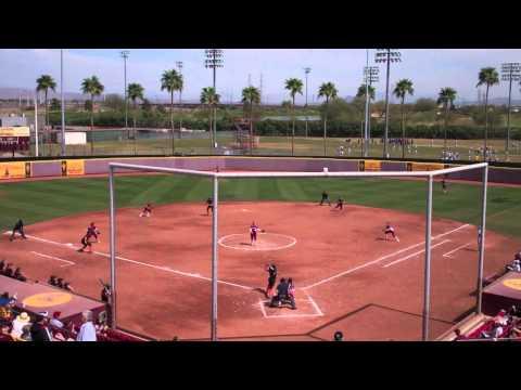 Softball at Diamond Devil Invitational Day 3