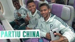 O time Sub-16 do Palmeiras embarcou para a disputa da Future Cup, torneio internacional disputado em Hohhot, na China.--------------------------Assine o Premiere e assista a todos os jogos do Palmeiras AO VIVO, em qualquer lugar, na TV ou no Premiere Play: http://bit.ly/1myhErs E se você já assina, participe da pesquisa e diga que seu time é o Palmeiras: http://bit.ly/2ad5HJo------------------------Seja Sócio Avanti, com desconto em ingressos e privilégios exclusivos! Clique aqui: http://bit.ly/1uKJsbA