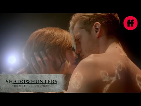 Shadowhunters Season 2 Comic-Con Promo