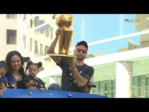 Video: Steph Curry and family roll up in the NBA Championship parade