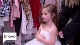 Video Don't Be Tardy: Kim Zolciak-Biermann Plays Dress up with Her Daughter (Season 6, Episode 6) | Bravo MP3, 3GP, MP4, WEBM, AVI, FLV September 2018