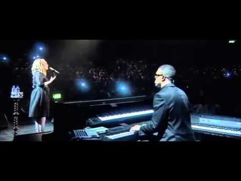 Video Adele Emotional Cry 'Someone like you' Live at the Royal Albert Hall download in MP3, 3GP, MP4, WEBM, AVI, FLV January 2017