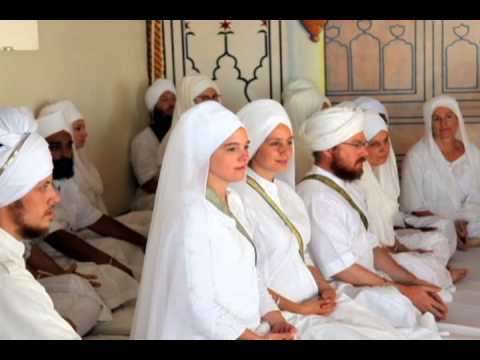 waheguru - watch more waheguru simrans here- https://www.youtube.com/channel/UC_VQjqHrmtdKr5LVqOtfkPQ/videos?tag_id=&sort=dd&shelf_index=0&view=0.