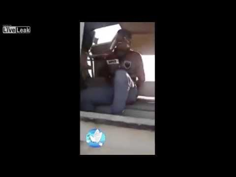 這名ISIS聖戰士被俘虜後表現出的超丟臉窩囔行為,已經讓ISIS輸了這場戰爭了!