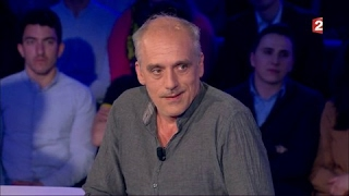 Video Philippe Poutou - On n'est pas couché 1er avril 2017 #ONPC MP3, 3GP, MP4, WEBM, AVI, FLV Mei 2017
