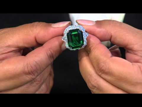 The Elizabeth Taylor 6.10 cttw Simulated Emerald Ring with Antonella Nester