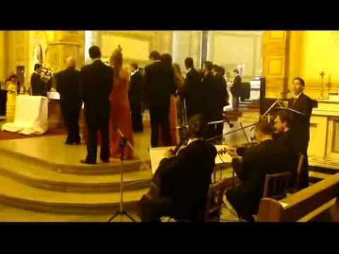 Casamento Igreja Santa Teresinha do Menino Jesus  Can,t help falling in love-Elvis Presley-Trio de Cordas e Voz