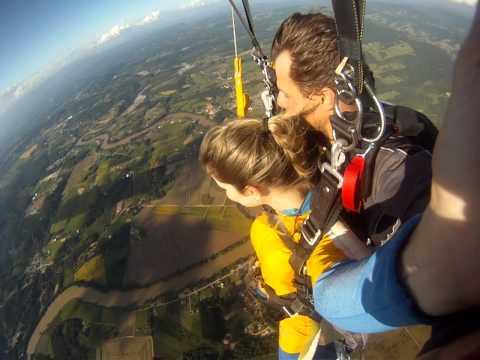 Salto duplo de Paraquedas - Indescritível! em Lontras - SC