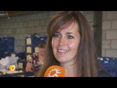 Vrouw Nick Schilder vertelt over gezinsleven met zanger - RTL BOULEVARD