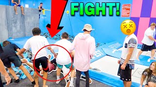 LITERALLY 10+ PEOPLE WERE ALL FIGHTING ON THE FLOOR NEXT TO THE SUPER TRAMPOLINES AND THE FOAM PIT AND ANOTHER 10+ PEOPLE WERE TRYING TO BREAK UP THE FIGHT H...