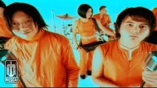 Base Jam - TAKKAN BERPALING CINTA (Official Video)