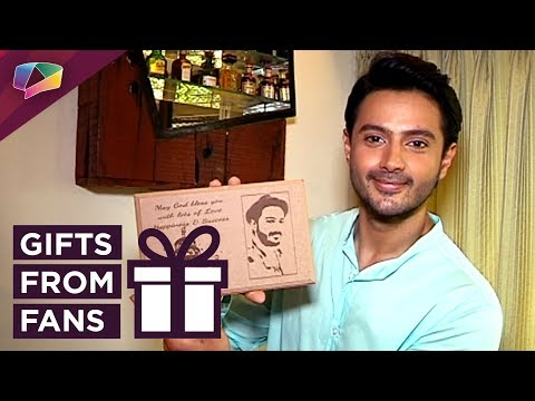 Dhruv Bhandari Receives Gifts From His Fans |
