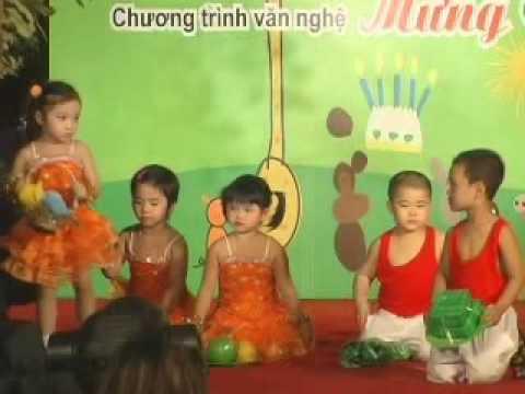 Cà rốt múa bài Mùa xuân ơi